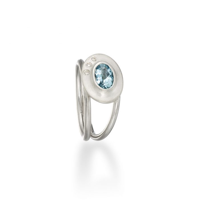 Byzantine ring Aquamarine and diamond in silver
