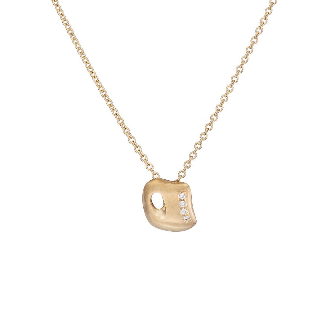 Gaudi pendant 9ct yellow gold with diamonds
